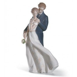 Lladro Everlasting Love Figurine