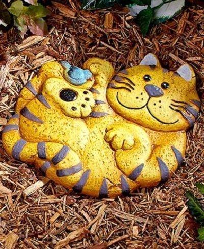 Cat Garden Stone