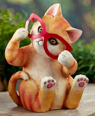 Dress Up Garden Cat Statue