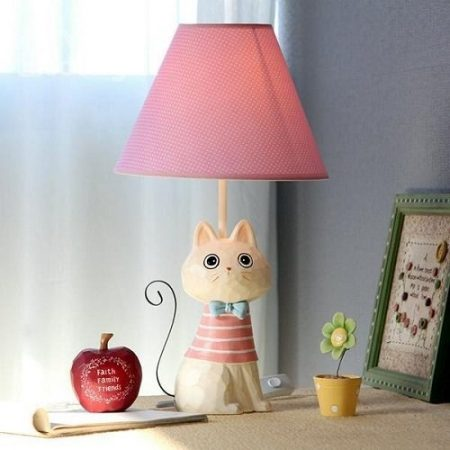 Lovely Iron-tailed Little Cute Cat Shape Table Lamp